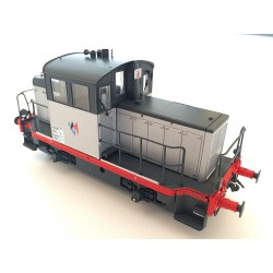 EPM 125510  Locotracteur diesel Y-6400 livrée LOCMA gris, châssis gris et traverses rouge