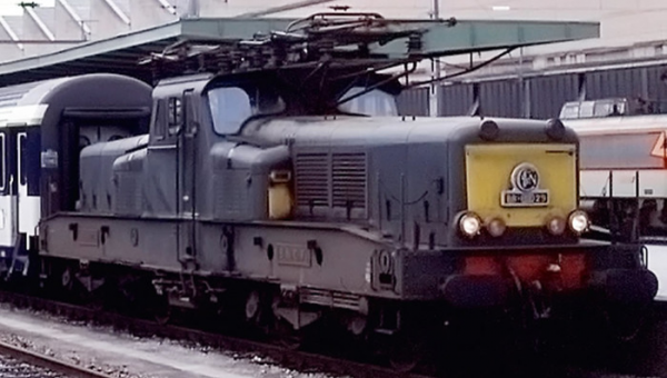 HJ2337S LOCOMOTIVE ELECTRIQUE BB 13041 LIVREE VERT JAUNE SNCF