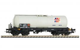 HJ6179 wagon-citerne à bogies SNCF Total