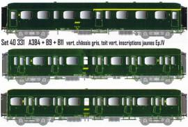 LS 40331 Coffret de 3 voitures Express Nord A3B4 + B9 + B11 livrées vertes, châssis gris, toit vert, inscriptions jaunes