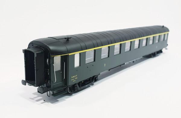 HO42237 Voiture OCEM première classe A9smyfi 5585 livrée SUD-EST du dépôt de PARIS-CONFLANS