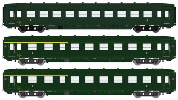 VB-198  COFFRET 3 DEV AO U46 Vert SNCF 306, châssis noir, toit noir, jupe échancrée devant les bogies Ep.III B