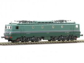 MB-106   Locomotive électrique CC 7138 livrée avec jupe écancrée et frotteur pour 3ième rail Maurienne du dépôt de Chambéry