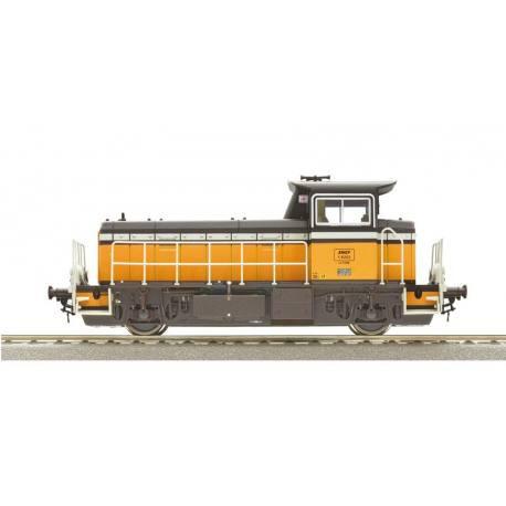 72009 Locotracteur diesel Y-8000 livrée Arzens orange et noir