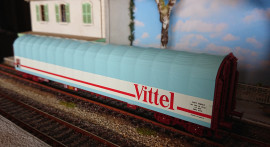 76453 WAGON A BACHE COULISSANTE VITTEL SNCF