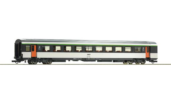 74532 Voiture voyageurs corail seconde classe B11tu avec logo encadré