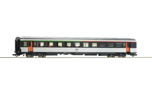 74535 Voiture voyageurs corail mixte bar/seconde classe B5rtux avec logo encadré
